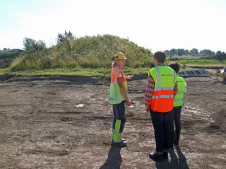 Gnistahög med arkeologer